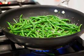 Skillet Green Beans with Lemon & Tarragon